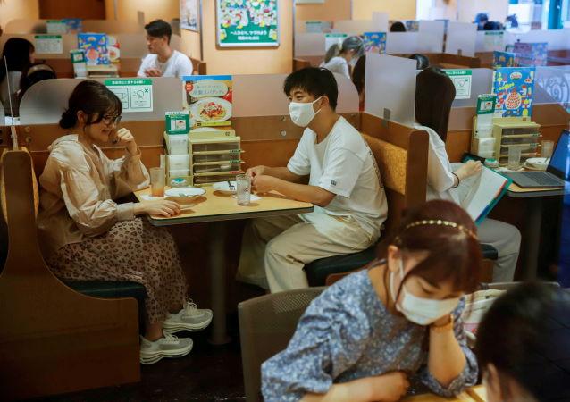 日本厚生勞動大臣認為可能取消新冠病毒緊急狀態
