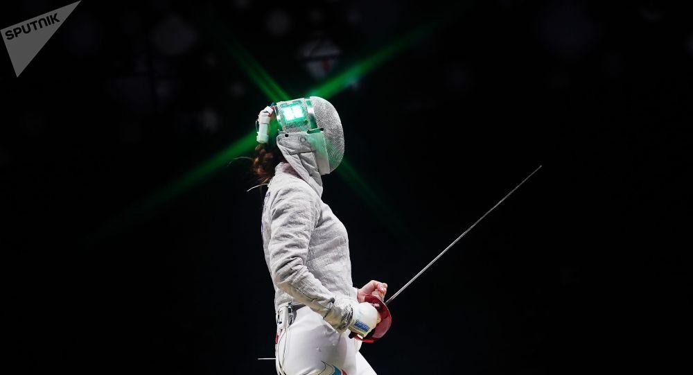 俄罗斯剑士进入击剑女子团体佩剑决赛 将与法国队争夺金牌