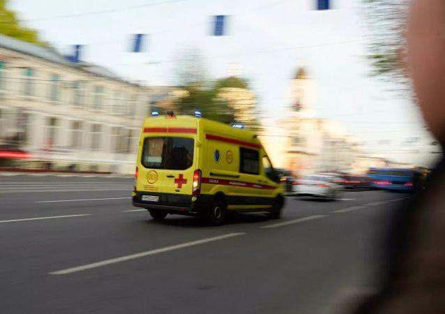 特维尔的救护车