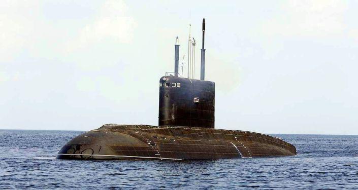 """636.3型""""马加丹""""号大型柴电潜艇"""