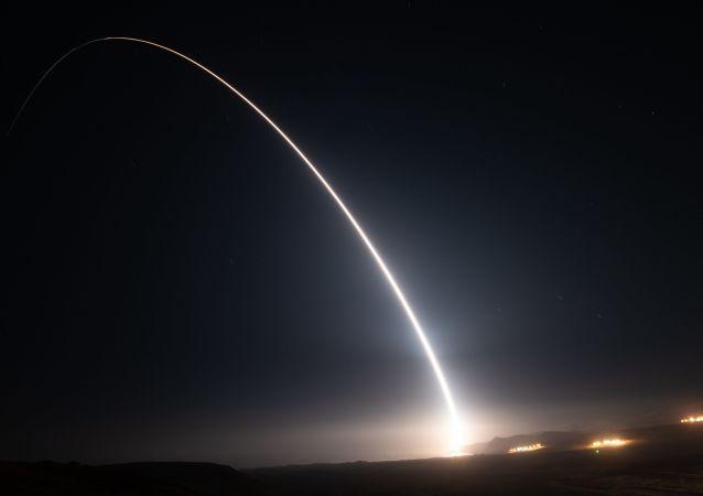 """韩国进行""""世界""""号火箭发射前的最终演练"""