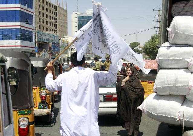塔利班开始为媒体从业者颁发工作许可证