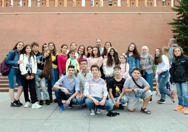 叙利亚中小学生在莫斯科完成游览计划