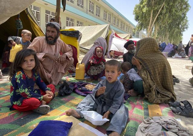 哈薩克斯坦大使與阿富汗臨時政府代理外長討論為阿提供人道主義援助問題