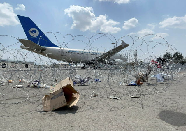 塔利班:专家承诺一周后修复喀布尔机场跑道