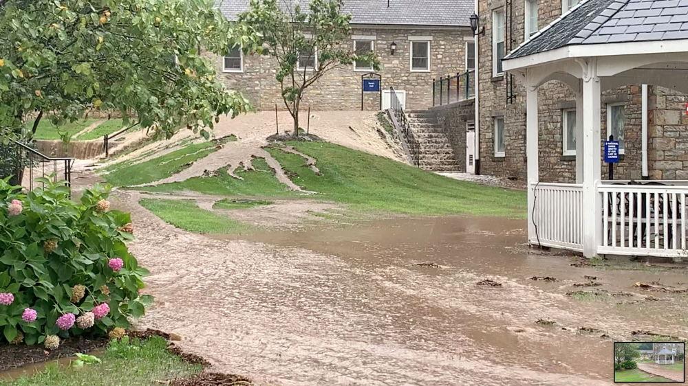 """马里兰州遭飓风""""艾达""""引发的洪水袭击。"""