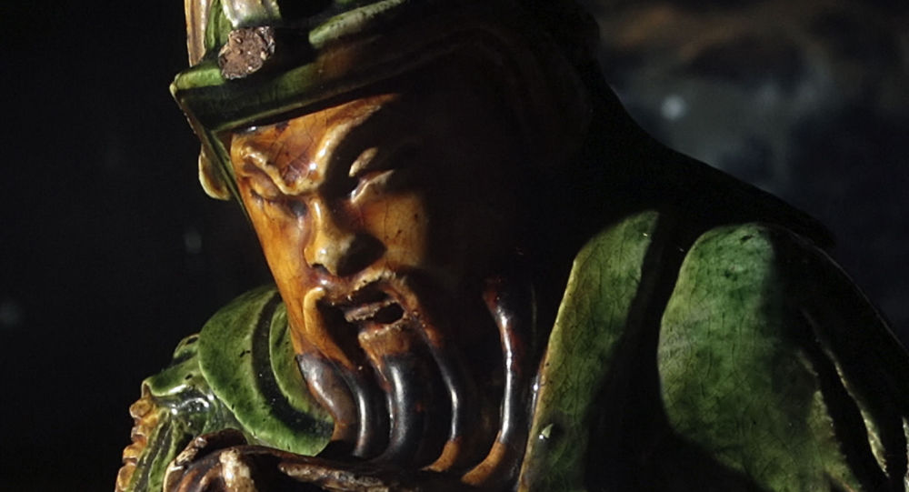 58米高的战神关公铜像迁往他地