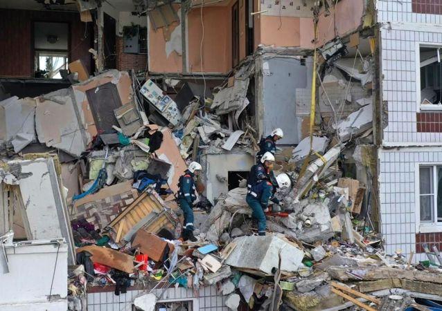 俄卫生部称,据最新消息,诺金斯克瓦斯爆炸事件造成1人死亡,9人受伤