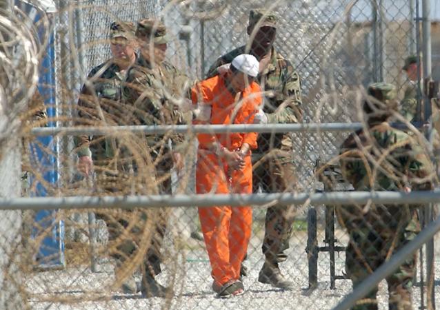 九一一恐袭发生 20 年后,为何仍有 39 人被关押在关塔那摩,他们是否将面临审判?