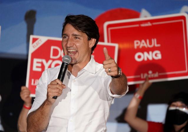 加拿大议会选举计票完成50%后加执政党领先