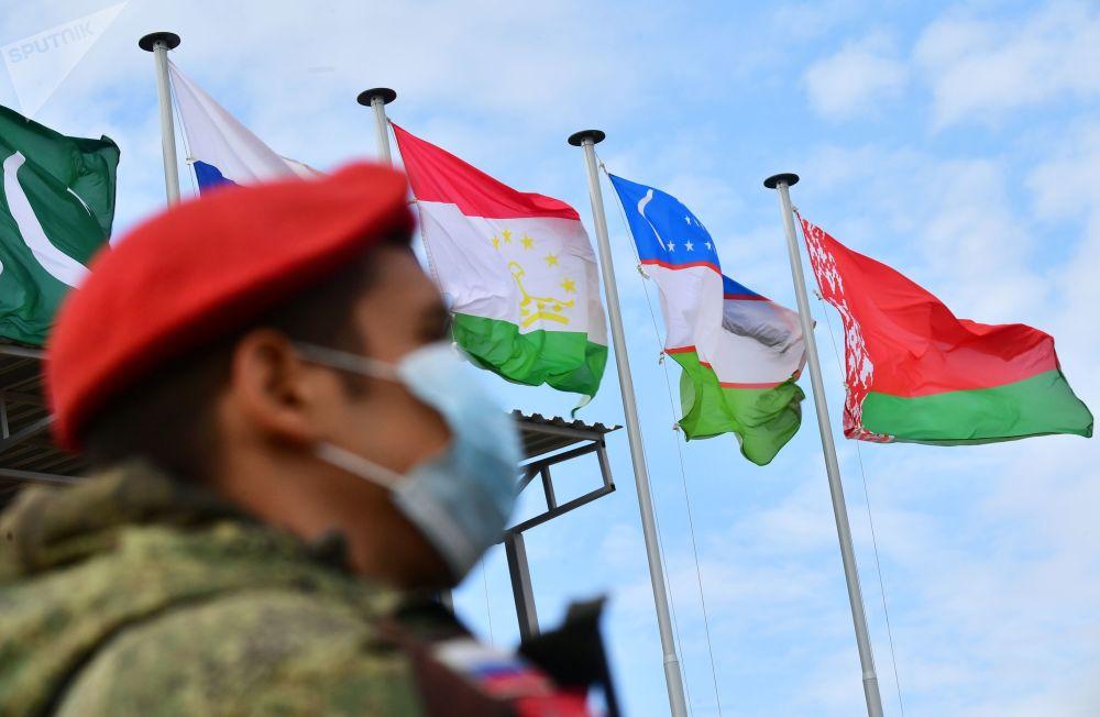 """上合组织成员国""""和平使命-2021""""反恐演习"""