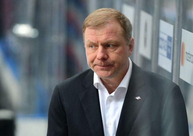 扎姆诺夫谈出任俄冰球队主教练