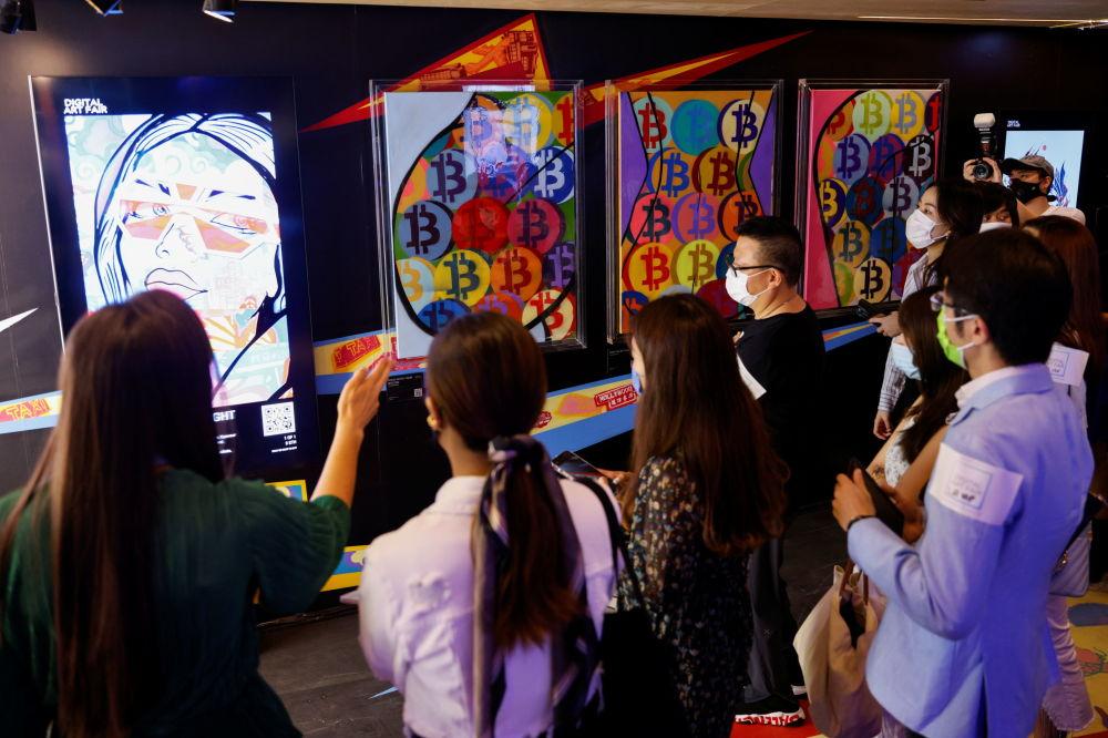 香港数字艺术博览会举行著名艺术家古斯塔夫•萨博作品展。