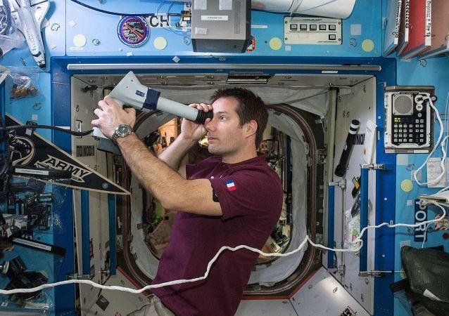 法国宇航员托马斯•佩斯凯