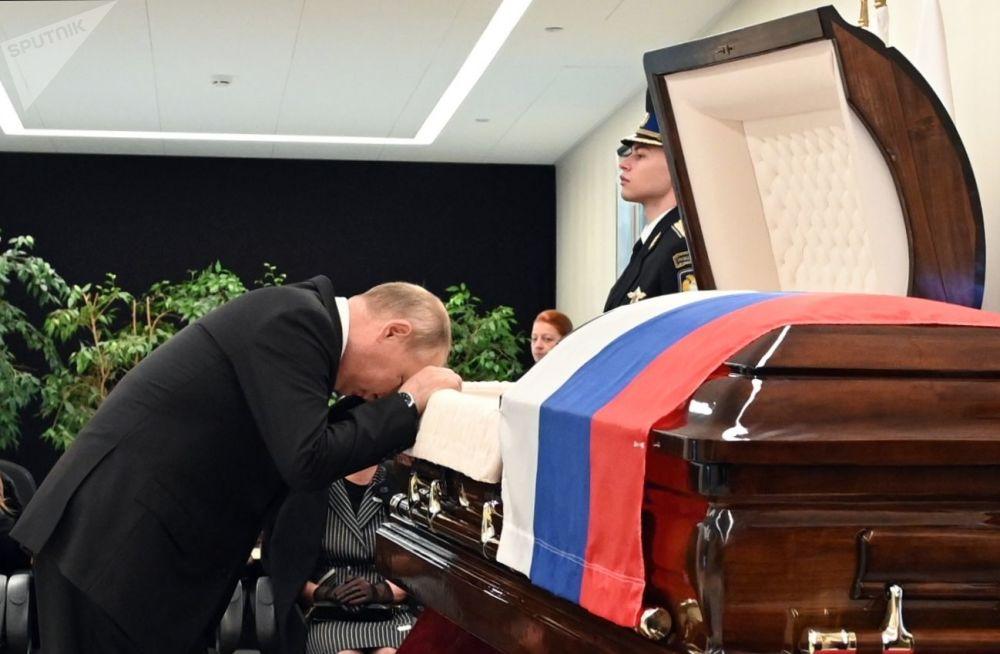 俄罗斯总统普京今日迎来69岁生日