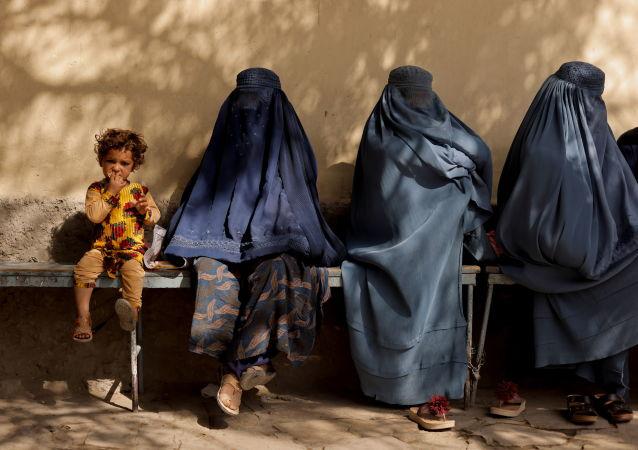 阿富汗民族抵抗阵线:与塔利班的秘约以及加尼逃亡导致阿政治制度崩溃
