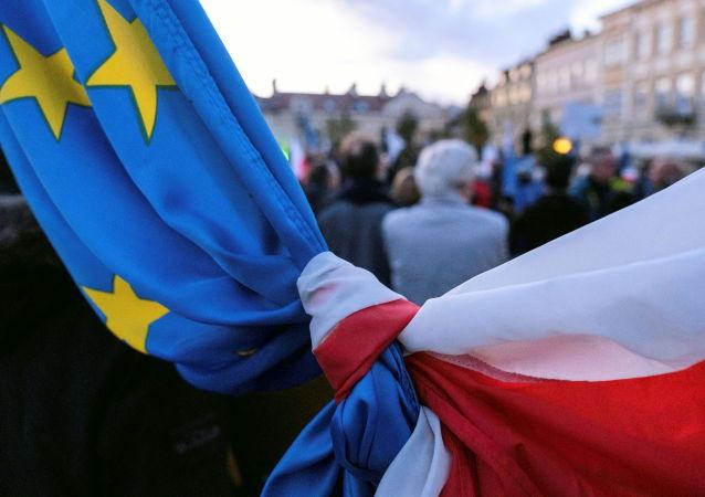 波兰坚持该国脱欧会成真观点的人数在一个月内增加三分之一