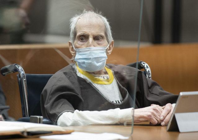 美国大亨因谋杀密友被判终身监禁
