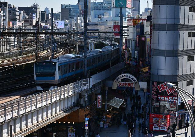 日本東京上野站一名不明男子持刀襲擊造成2人受傷