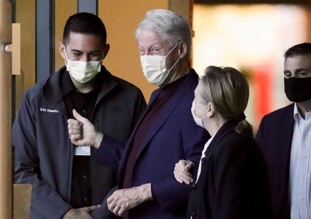 美国前总统克林顿已出院并且自我感觉很好