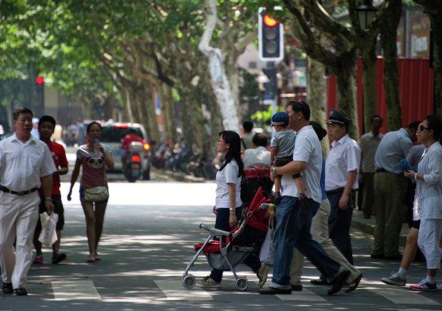 外媒:中国人口到2020年将超过14亿