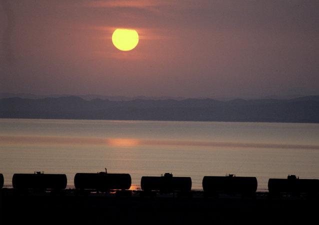 媒體:美國要求中國停止向朝鮮出口石油產品
