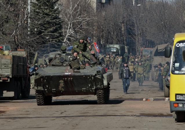 顿涅茨克民兵副指挥:民兵已履行欧安组织关于后撤重型武器的所有要求