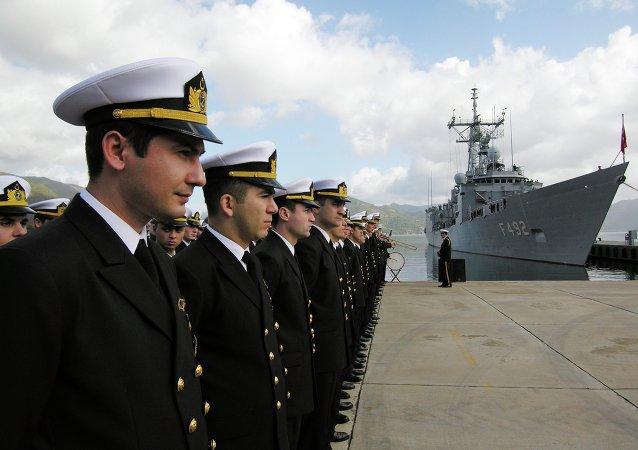 安卡拉法院释放10名因捍卫《蒙特勒公约》信件而被拘留的海军将军