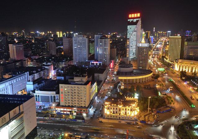 黑龙江省长:中俄应成立高新技术产业投资基金