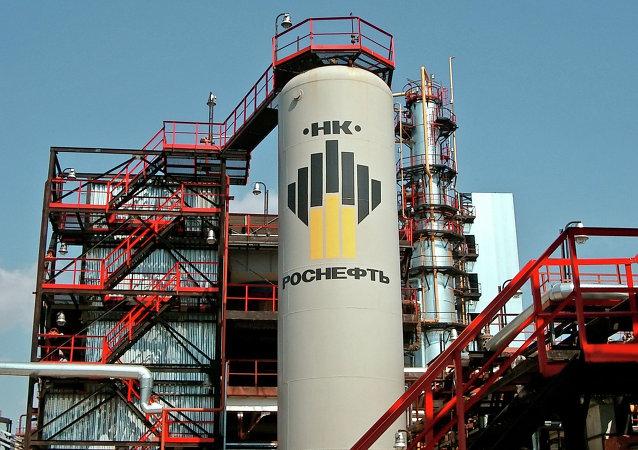 阿穆尔河畔共青城炼油厂