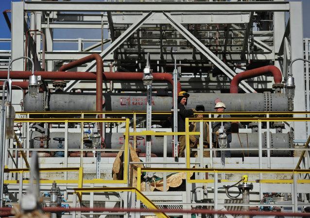 中国保利集团或将在俄罗斯建设石油加工网