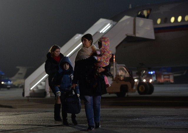 俄第五架撤侨飞机从也门撤回俄罗斯和其他国家公民