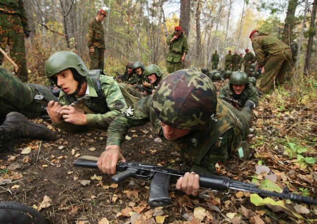 """俄罗斯和巴基斯坦特种兵在演习中清剿""""城内恐怖分子"""""""