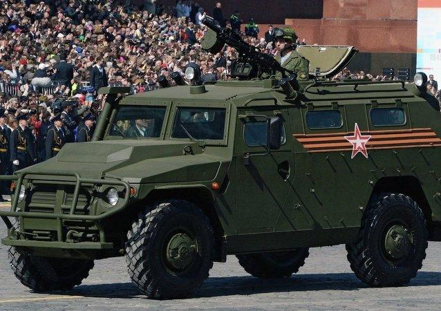 """虎式""""装甲车队"""