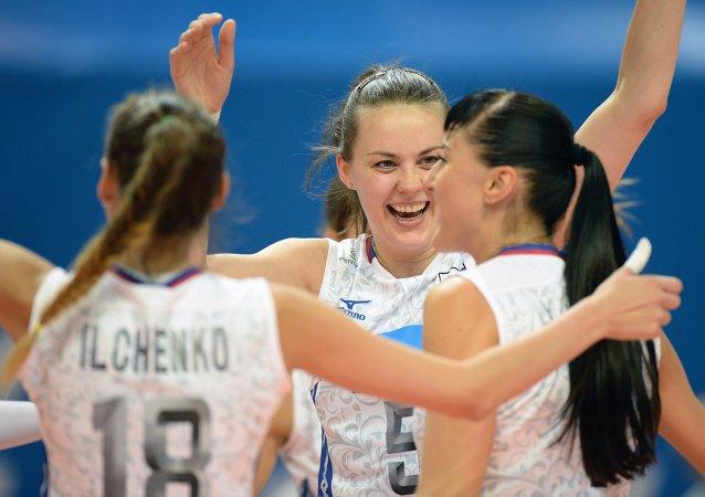 俄羅斯國家排球隊戰勝烏克蘭隊贏得世界大學生運動會金牌