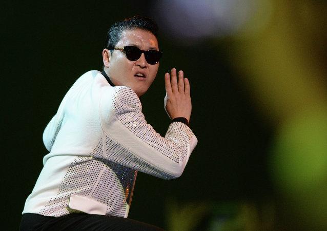 韩国歌手鸟叔