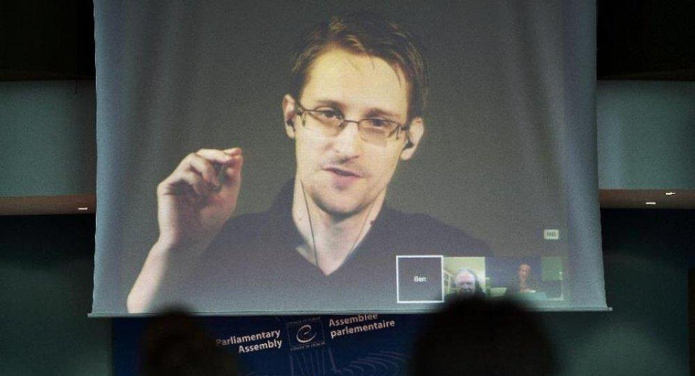 斯諾登:情報部門計劃無助於打擊恐怖主義