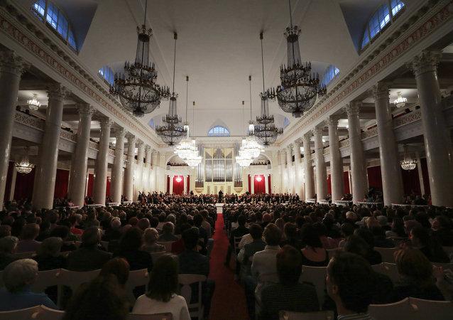 中国爱乐乐团将在俄符拉迪沃斯托克马林斯基国际音乐节上献演