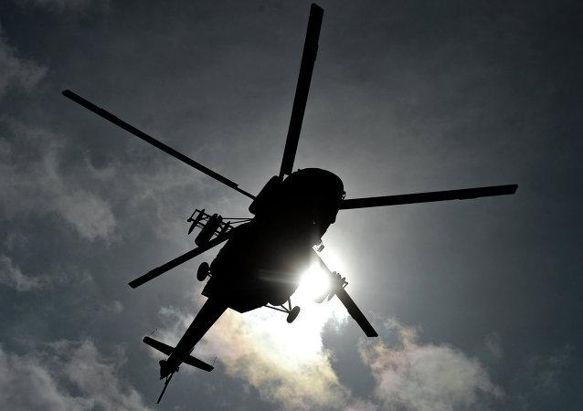 消息人士:在堪察加坠毁的米-8直升机位于湖面下100米深处