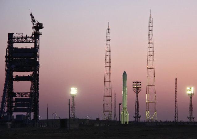 俄航天署为节约发射成本或制造可多次使用的运载火箭