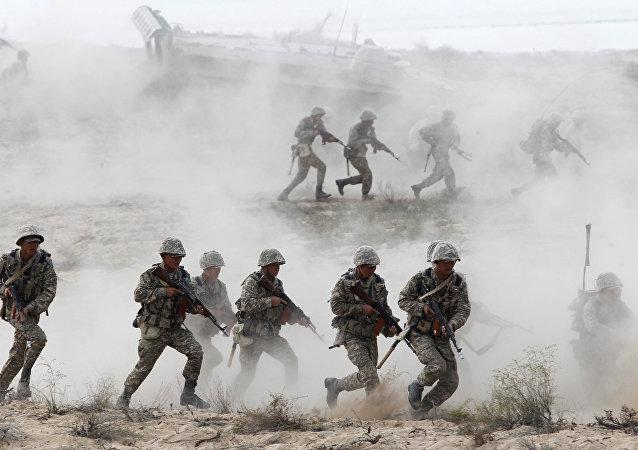 哈薩克斯坦軍人
