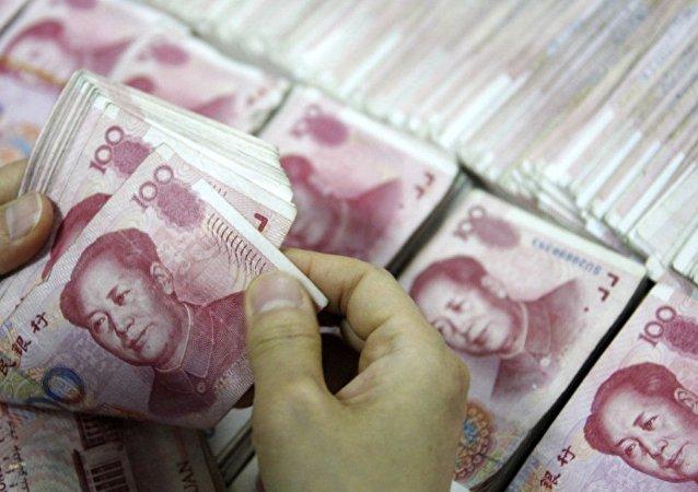 中国的财政赤字今年将达到2.2万亿元
