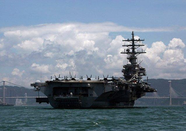 「羅納德•里根」號核航母艦