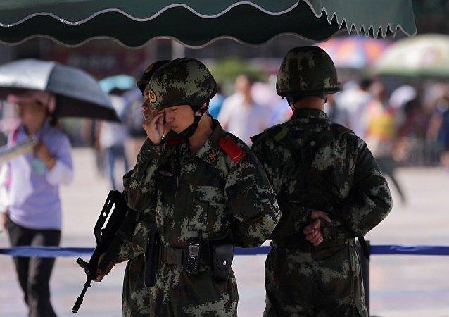 香港媒体:中国警方在新疆消灭17名恐怖分子