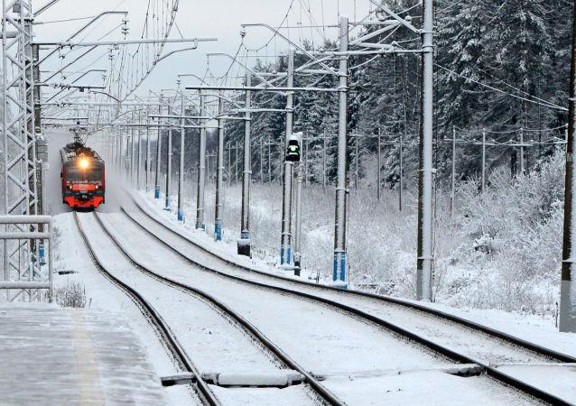 俄政府将俄铁公司注册资本增加249.8亿卢布