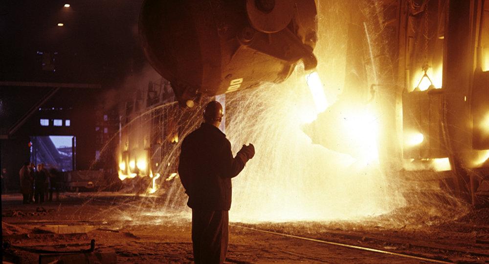 克宫:普京知道俄罗斯冶金行业获得额外利润的情况