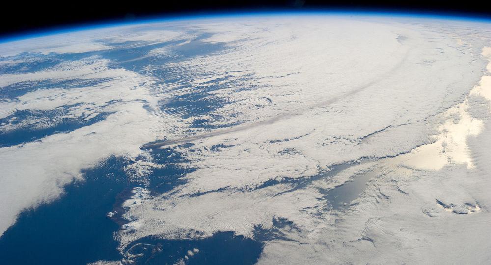 一個監測衛星與俄小型航天器分離用以調查在軌目標