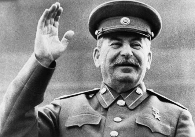 新西伯利亞政府批准設立斯大林紀念像