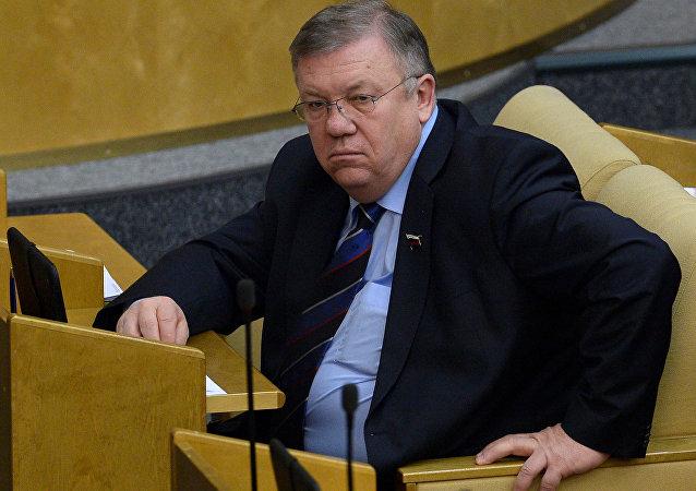 弗拉基米尔·科莫耶多夫