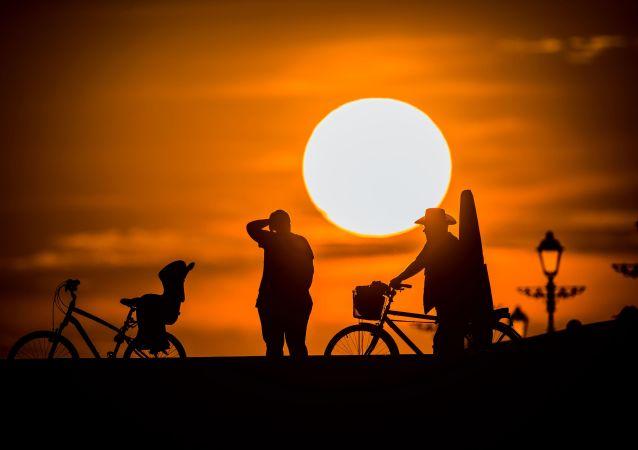 騎車者在索契